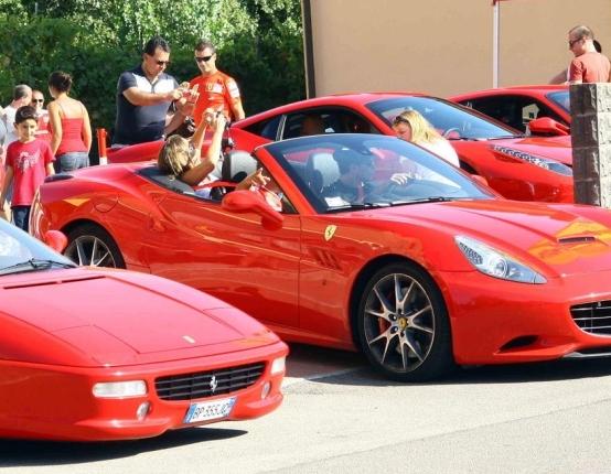 Туристы в Пьемонте больше не покатаются на Ferrari