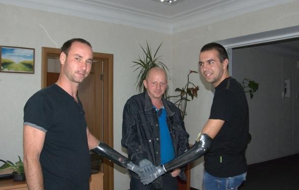Украинские бойцы получили уникальные протезы в Италии