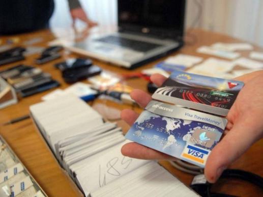 Официант миланского ресторана воровал коды кредиток туристов
