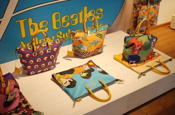 Сумки в честь The Beatles появятся В Италии
