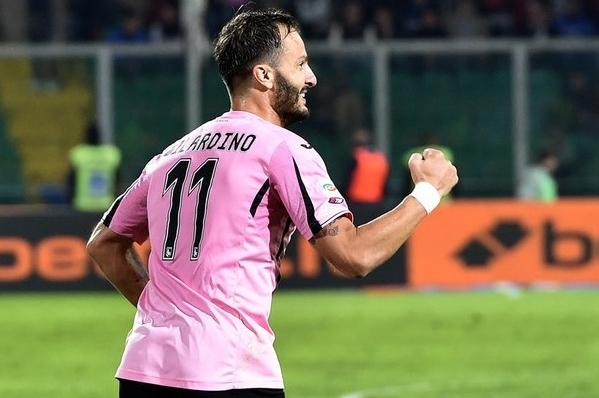Через пять минут известный бомбардир «Палермо» Альберто Джилардино счет сравнял и установил окончательный результат – 1:1