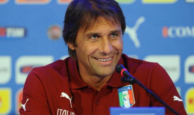 Тренер сборной Италии Антонио Конте готовит сборную к EURO-2016