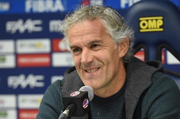 В «Болонье» сменился тренер: вместо уволенного Делли Росси с командой будет работать экс-тренер сборной Италии Роберто Донадони