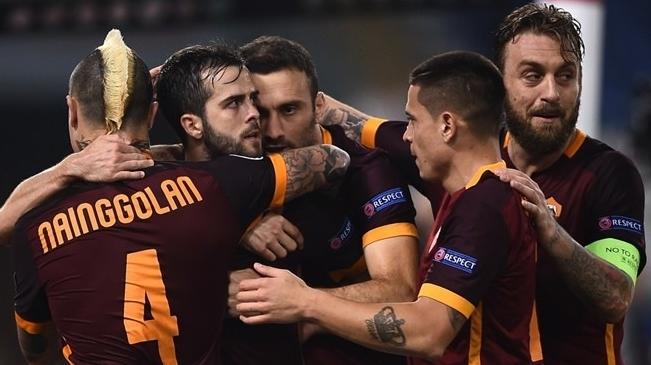 """Лига чемпионов. """"Рома"""" обыгрывает главного конкурента и поднимается на вторую строчку таблицы"""
