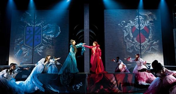Триумф эмоций и много спецэффектов в Неаполе — музыкальное шоу «Ромео и Джульетта»