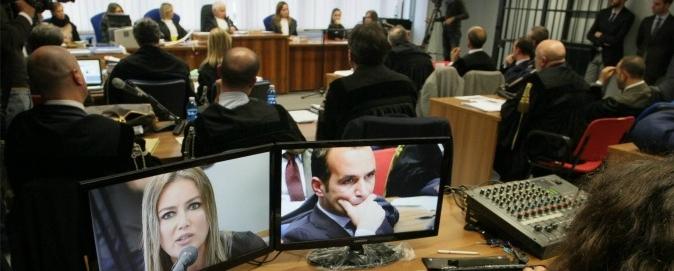 На 8 лет тюрьмы осужден сутенер, который снабжал Берлускони проститутками