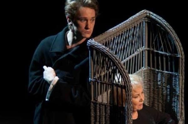 На сцене Неаполя покажут спектакль по роману Достоевского