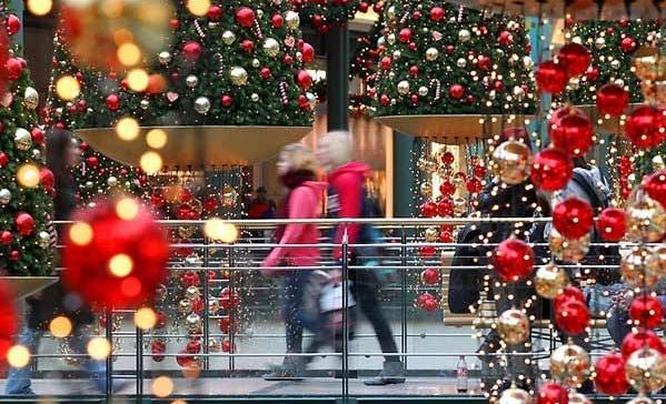 Расходы итальянцев в канун Рождественских праздников выросли впервые за семь лет