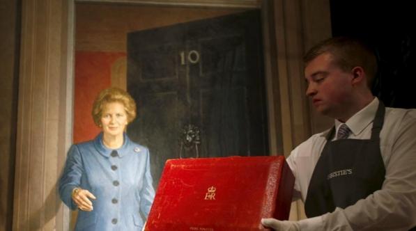 Вещи «Железной леди» продадут на аукционе Christie's