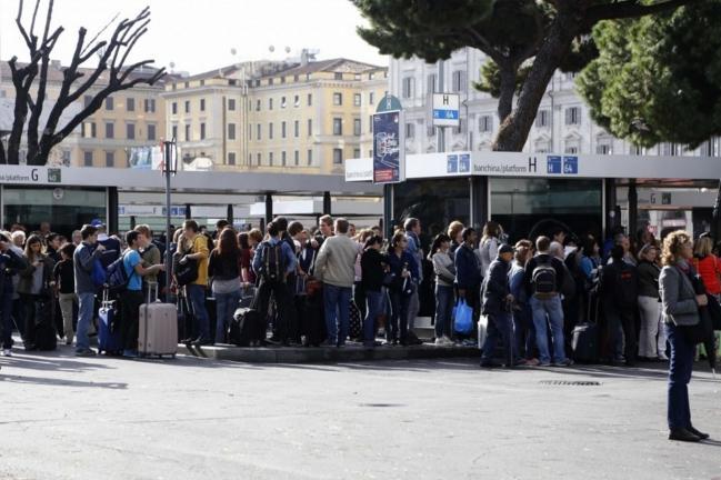 Римские туристы недовольны работой городского транспорта