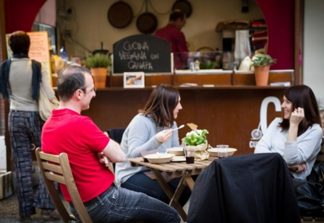 Фестиваль уличной еды «Eat Urban» в Милане