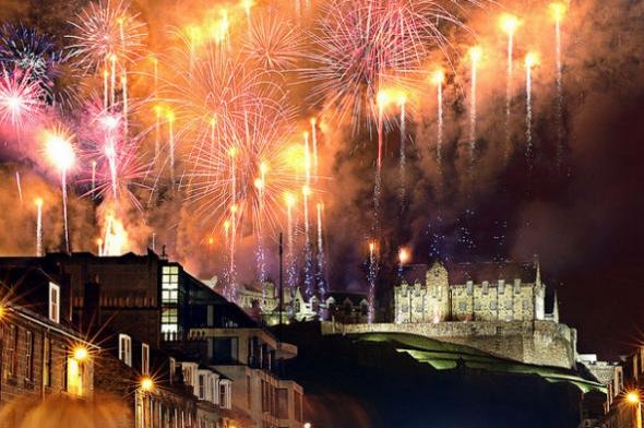 Какой город Европы самый недорогой для празднования Нового Года? Отправляемся в Эдинбург