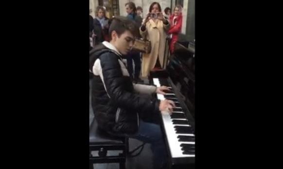 Итальянский пианист стал знаменитым, опоздав на поезд