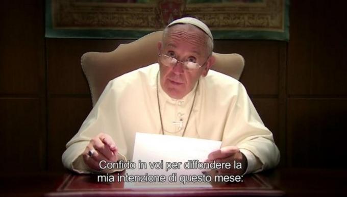 Папа Римский написал свою первую книгу