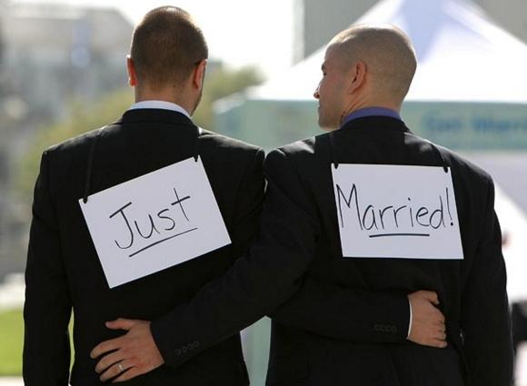 Митинги в поддержку однополых браков прошли в Италии