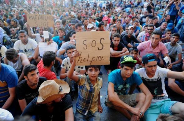 Паоло Джентилони: Италия ждет усиление миграционного кризиса в Европе
