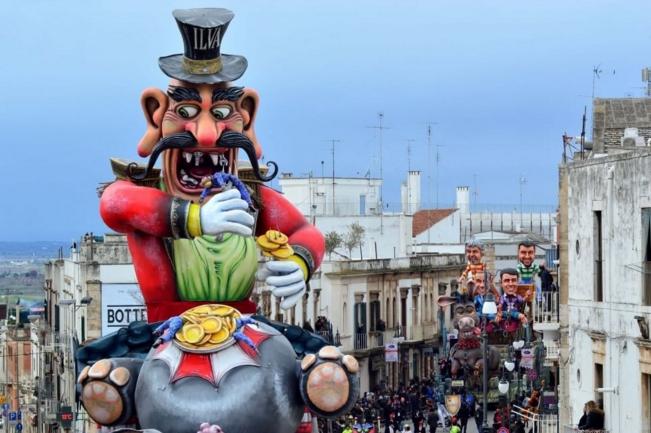 Путиньяно. Самый старейший карнавал в Европе отмечает свое 622-летие