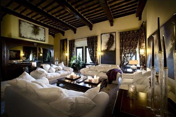 Туристы смогут арендовать средневековый замок в Тоскане