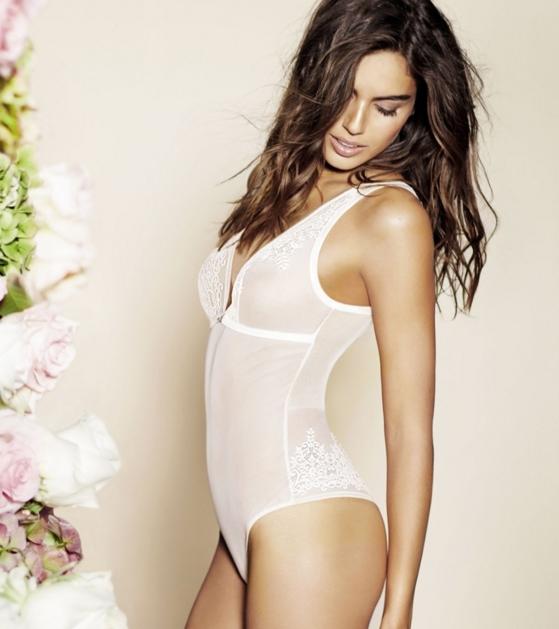 Итальянский бренд Intimissimi создал новую весеннюю коллекцию нижнего белья