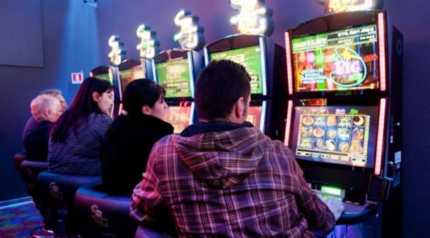 Почему в одном из итальянских городов запретили игровые автоматы