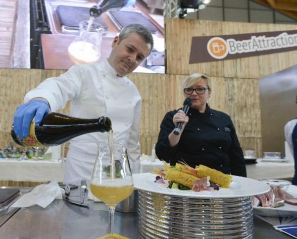 Открытие выставки «живого» пива в Римини