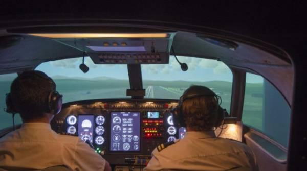 Итальянский пилот сказал жене, что спровоцирует «авиакатастрофу»