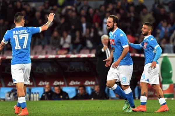 Волевая победа ФК «Наполи» позволяет ему преследовать «Ювентус»