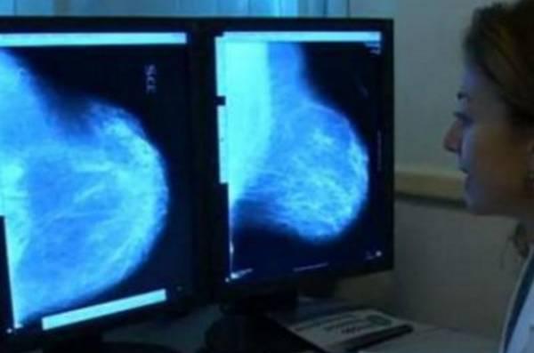 Итальянские хирурги удалили 15-килограммовую опухоль из груди женщины