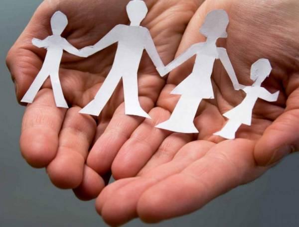 Астахов: итальянцы не смогут обзавестись детьми