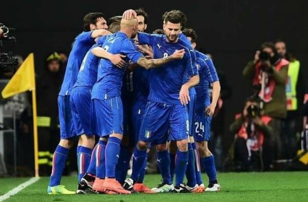 Инсинье, забил свой 4-й гол за сборную Италии