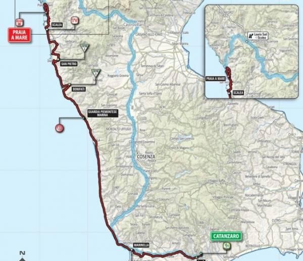 Гонщики проехали 200км. по побережью Тирренского моря