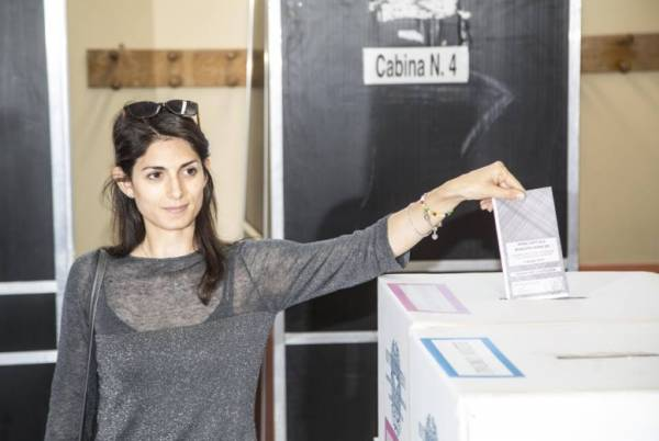 Что обещают итальянцам будущие мэры Рима Турина, Неаполя и Милана?
