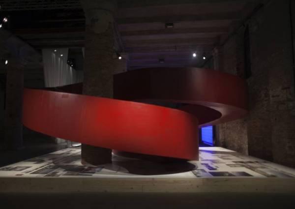 Главная архитектурная выставка мира открылась в Венеции 28 мая