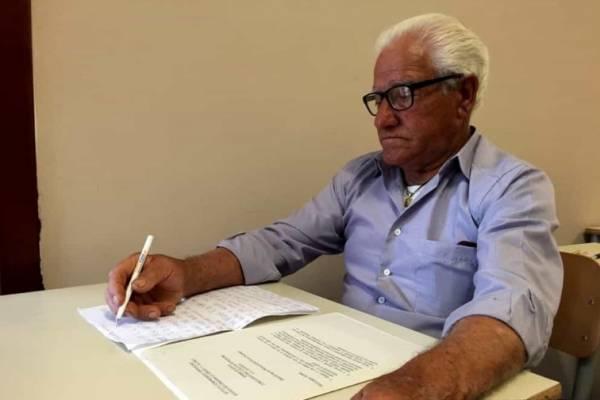 80-летний итальянский фермер, наконец, закончит среднюю школу