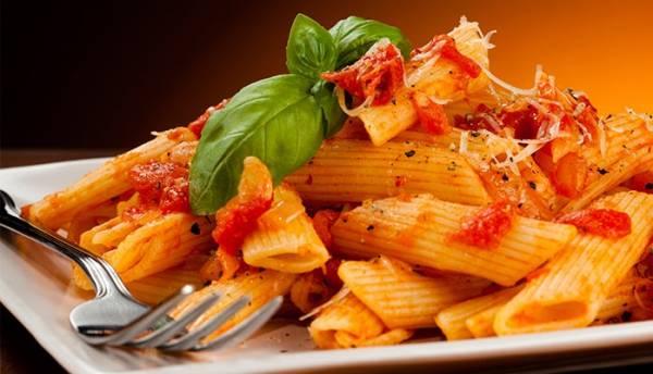 День макарон: в Италии отмечают рождение