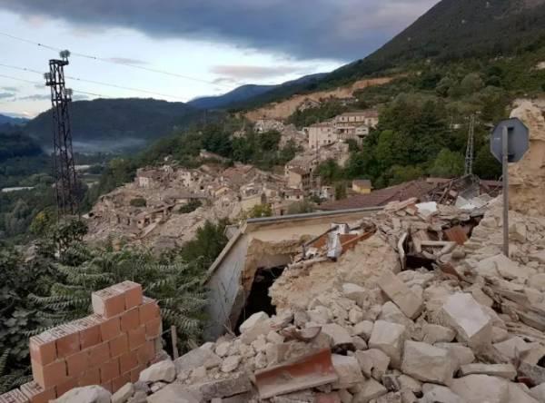 38 погибших после землетрясения в центральной Италии