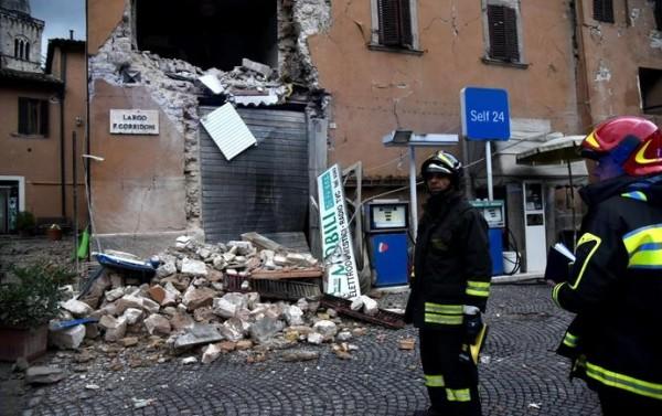 Сильное двойное землетрясение произошло в центральной Италии