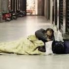 Неаполь готовится к резкому похолоданию: метро открыто для людей, живущих на улице