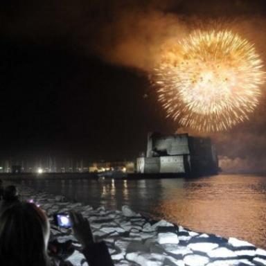 Драма новогодних фейерверков: 48 раненых в Неаполе и провинциях