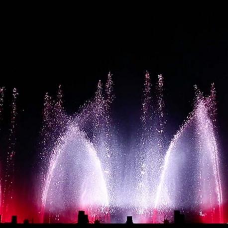 Танцующие фонтаны на набережной Неаполя: чарующие спектакли воды и огня