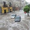 Погодная стихия бушует на юге Италии: жертвы и эвакуации