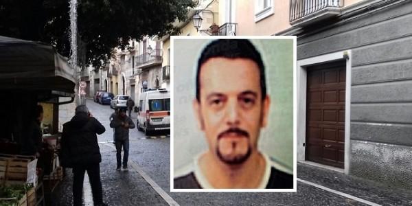 Падула, смертельная ссора: муж бросился с балкона с 3-летним сыном