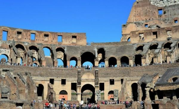 Колизей. Археологи нашли голову средневековой лошади
