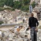 Житель Пескара-дель-Тронто был жертвой землетрясения, спасал жизни, а власти его арестовали
