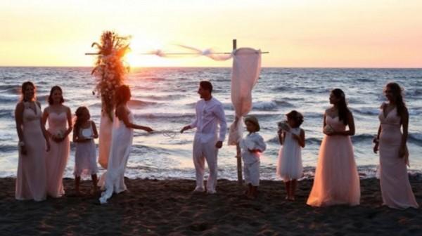 бракосочетание на пляжи Прочиды