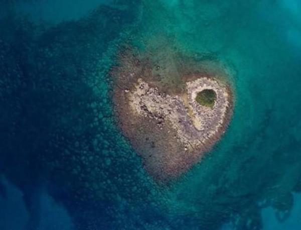 Апулия, чудо Салентины: остров в форме сердца