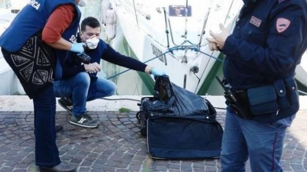 Итальянцы раскрыли тайну тела женщины, найденной в чемодане в море