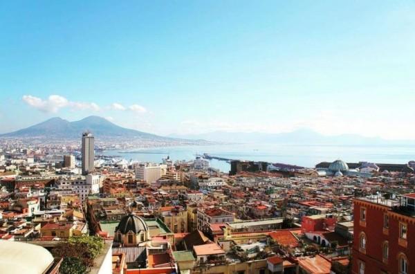 Неаполь, лоскутная карта многонационального города