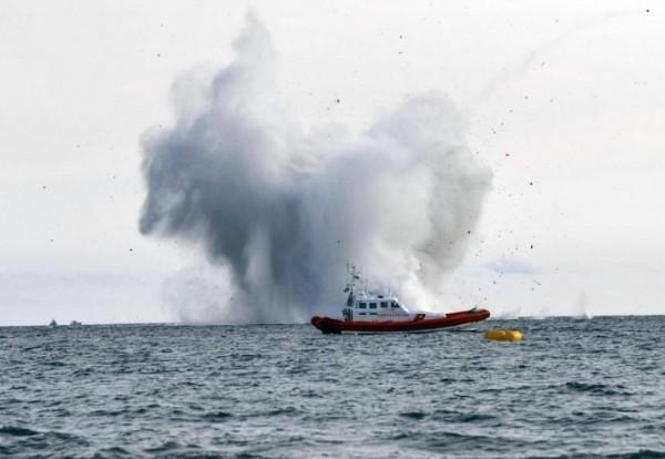 Террачина, Лацио: военный самолет рухнул в море во время авиашоу
