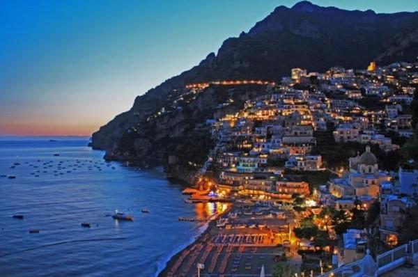 В Позитано введен «налог на панораму»: одно фото может стоить 2000 евр